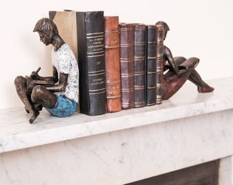 Romantic Couple Bookends