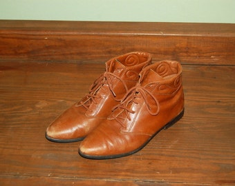 Women Size 7 Nine West Vintage Cute Brown 80s Ankle Boots Made In Brazil