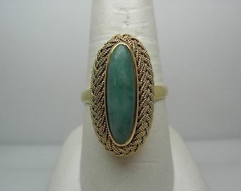 Ladies 18k Vintage Jade Ring