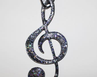 Resin Necklace ' clef '