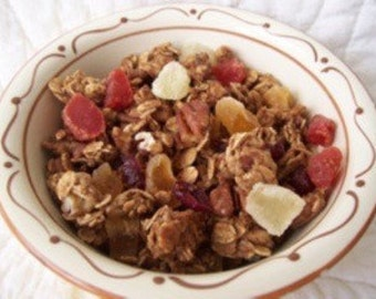 Pineapple Cranberry Pecan Granola with Mixed Fruit- The Very Best. 8 ounces.
