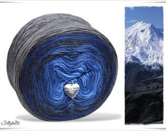 Gradient Yarn Merino Blue Mountain 750m