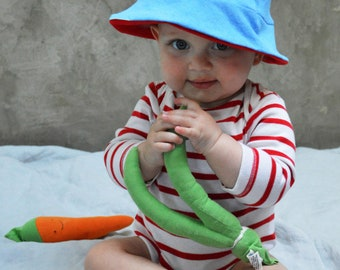 LOVE! - Upcycled Sun Hat / Bucket Hat, Reversible Sun Hat, Baby Sun Hat
