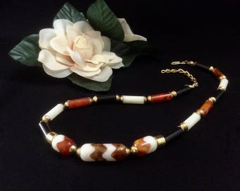 Mid-Century Mod 1960s Necklace in Black, White, Gold, and Amber Beads