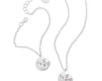 Emoji® Kissing Necklace & Bracelet Set