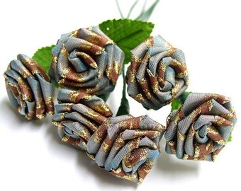 Baroque Blue Rose Bouquet