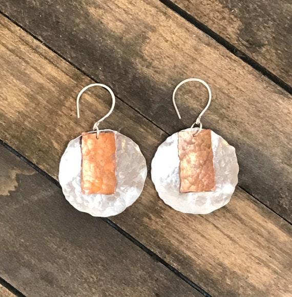 Hammered aluminum and antique copper circle earrings