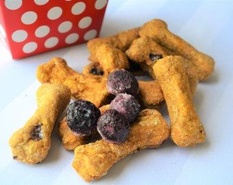 Dante's Blueberry Burst Biscuits /Organic Dog Treats /Healthy Dog Treats /Blueberry Dog Treats /Dog Bone /Organic Dog Bakery