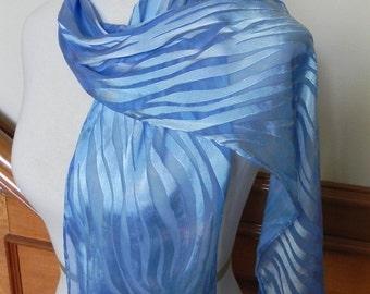 Himmelblau Devore Satin Schal Hand gefärbt, lange Schal, fertig zum Schiff