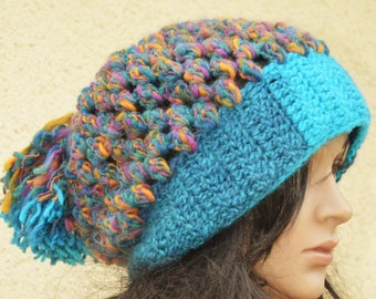 Slouchy hat in blue wool. To order only