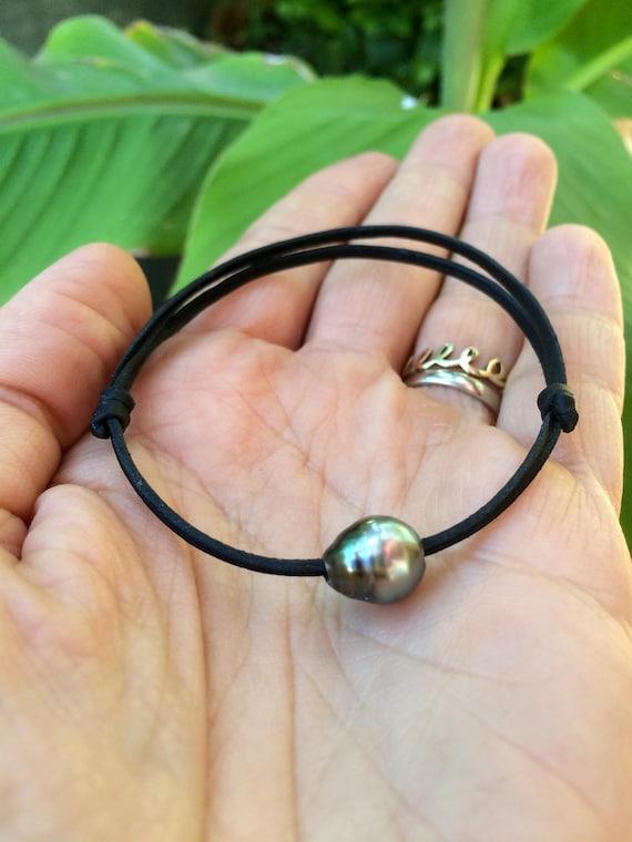 Tahitian pearl, unisex bracelet, hand rolled leather, adjustable size