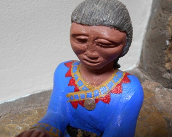 Native American Story Teller Doll - Hand Carved - [#17 - DC Shelf 4 L]