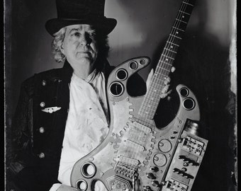 The Thunderer, Will Rockwell's Steampunk electric guitar