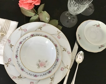 Vintage, Mismatched 5 piece Place Setting for, weddings, tea parties, dinner parties, bridal , baby showers, hostess, bridesmaid gifts 6017
