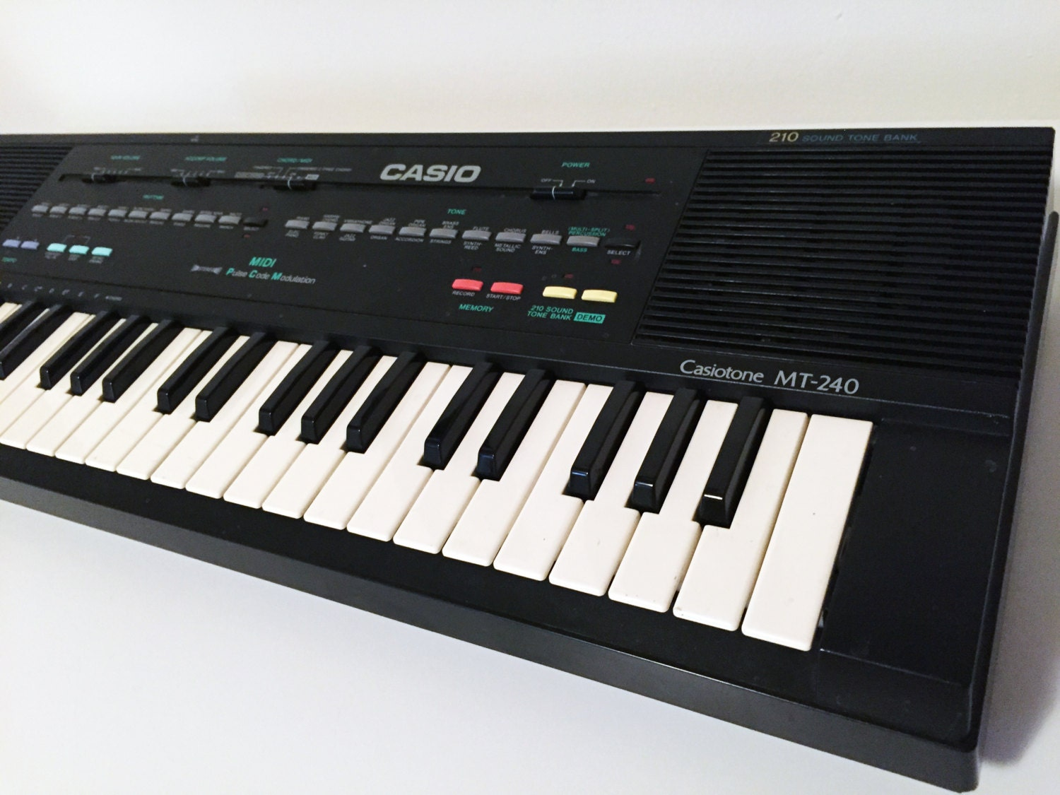 Vintage Casio Mt 240 Keyboard Midi Synthesizer Circuit Bending