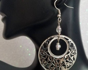 Silver earrings with elegant white beads