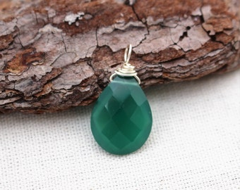 Green Onyx Pendant, Sterling Silver, Wire Wrapped, Green Stone, Green Pendant, Stone Pendant, Faceted Green Onyx, 925