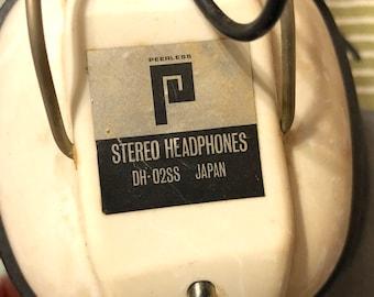 Vintage 1970s Peerless Stereo Headphones Vintage Retro AV Equipment Japan Collectible Stereo Headphones Costume Prop Music Collector