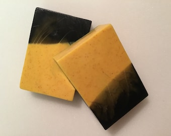 Activated Charcoal , Turmeric , Goats Milk infused fresh Musk fragrance