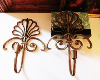 Vintage Bombay Company Brass Sconces, Neoclassical Style Wall Decor, Candle Sconces, Shell Motif, Palm Beach Decor