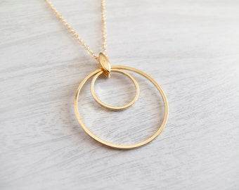 Two Gold Circles Necklace - Everyday Jewelry