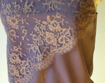 Mauve cotton camisole top with lace overlay and gathered hem