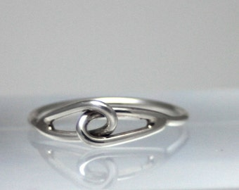 Slightly adjustable sterling silver loop ring, trendy, minimal