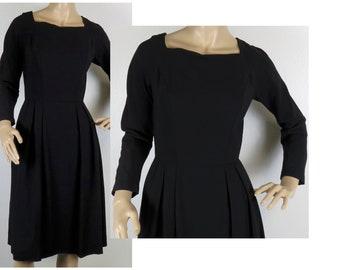 Vintage 1950s black Carol Brent wiggle dress small 347