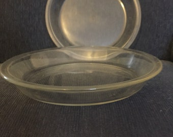 Lot of Two Vintage Pyrex Pie Plates #209 9  Pie Dish Made in the & Pyrex Pie Plate Clear Glass With Scalloped Edges And Tab