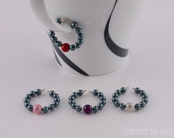 """Beaded Wine Charms --  """"Black Pearl"""" (Set of 4) : Swarovski Pearl, Mother of the Bride, Bridesmaid gift, Formal Decor"""