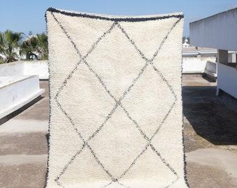 Luxurious Beni Ourain Rug #292, Berber Rug, Moroccan Rug 8x6 with Tribal Designs, Wool Rug, Vintage Rug, Beni Ourain Rugs, Tribal Rug