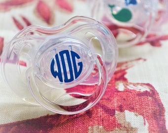 Custom Pacifier / Monogram Pacifier / Avent Pacifier / Baby Gift / Baby Shower Gift / Newborn Gift / Monogrammed Pacifier / Name Pacifier