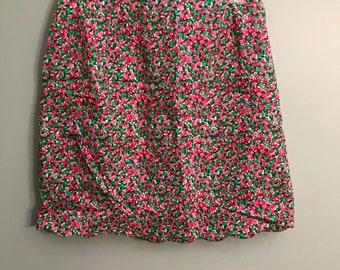 Vintage Rose Patterned Scalloped Hem Skirt