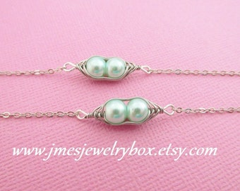 Two peas in a pod best friend bracelet set - Light mint green