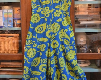 Vintage 1970s handmade psychedelic green blue floral cotton jumpsuit S / M small medium summer