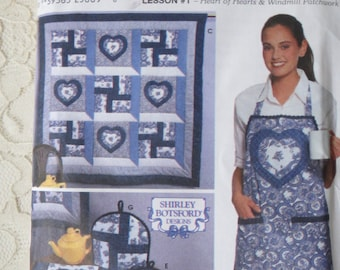 Simplicity 9783 Pattern Quilt Block Club Heart of Hearts & Windmill Patchwork Placemat Quilt Apron Potholder OOP