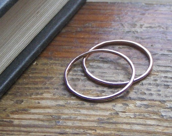 Stacking bands 14K Red Yellow or White Gold thin Rings Set Of 2 - Sizes over 7 smooth or hammered finish Hand cast by metal smith Chymiera.