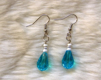 Handmade Turquoise Beaded Earrings