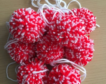 35mm Red and White Pom Poms, Red and White Pom Poms, 35mm Pom Poms, Christmas Crafting, 10 Pom Pom, Pom Pom Decorations, Wool Pom Pom