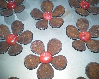"""SHIP NOW - Set of 3 """"Mini"""" Metal Flower Magnets - Red"""
