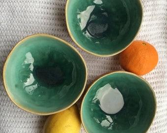 set of 3 textured bowls