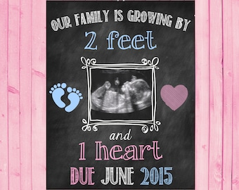 Chalkboard Pregnancy Announcement // Pregnancy Reveal // 2 Feet 1 Heart // Growing Family // Ultrasound // Sonogram