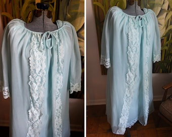 Small - Vintage Carol Brent Baby Blue Nylon Nightgown and Robe - Peignoir set