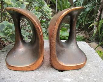 Patinated brass Bookends by Ben Seibel for Jenfred Ware Raymor Modern in the tradition of good taste