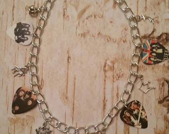 Ultimate 70's Queen Charm Necklace