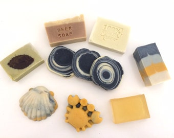 Ready and available artisanal soaps-immediate shipment. Soaps with extra virgin olive oil, herbs, spices and natural dyes