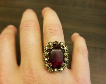Vintage adjustable ruby colored gem ring