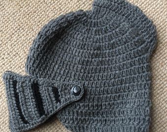 Knitted knight's helmet - for dress-up or for keeping warm valiantly! Age 2-10