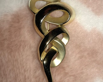Vintage Goldtone Swirl Brooch Pin AJC