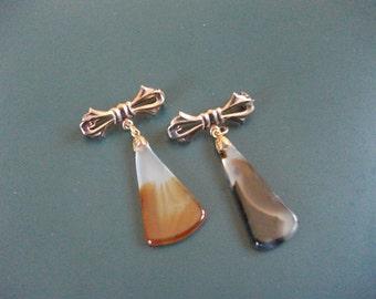 2 Vintage Agate Stone Scatter Brooch Pins